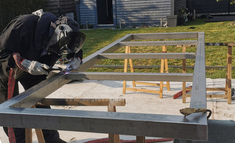 Création de table métallique sur mesure près de Valenciennes