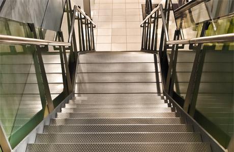 Conception escalier sur mesure en métal près de Valenciennes