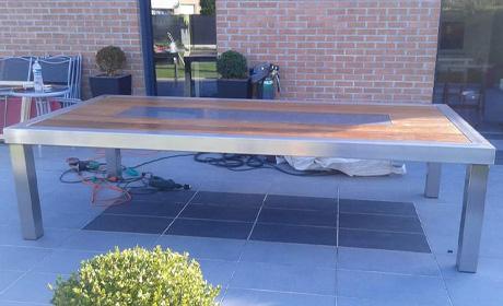 Fabrication d'une table en métal sur mesure près de Valenciennes