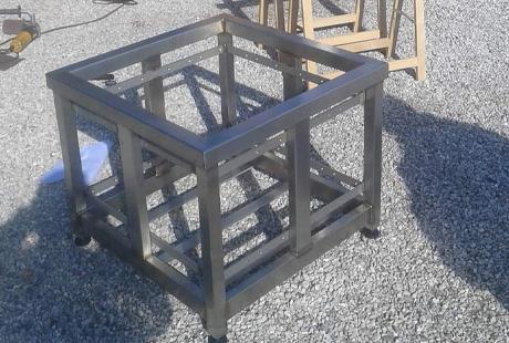 Fabrication de mobilier de jardin en métal sur mesure